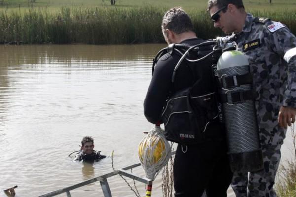 Divers demolish at Orchard Hills